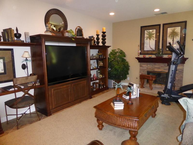 10 - family room