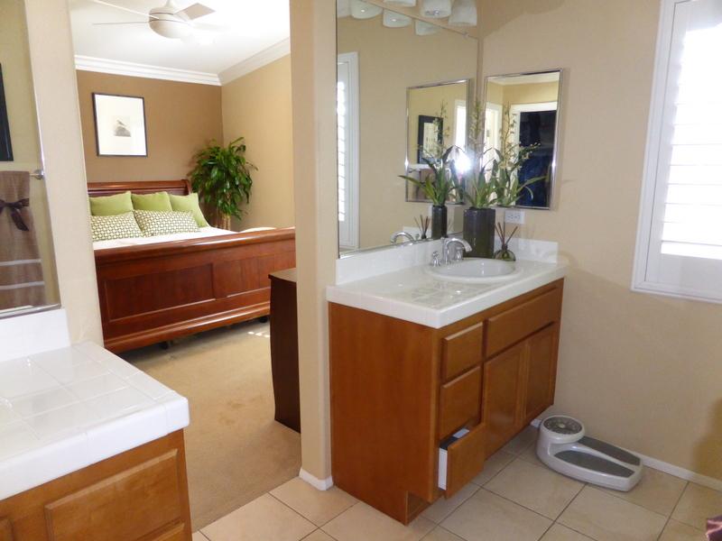 Open house review 12 new season irvine housing blog for Master bathroom 10 x 14